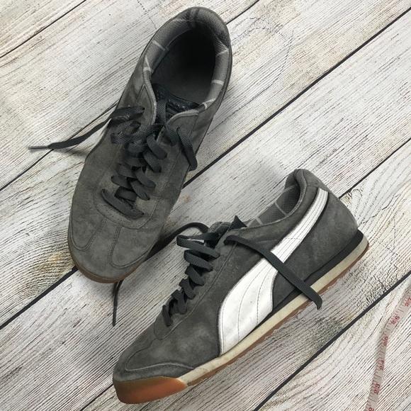 low priced 0f5f3 84e4f PUMA Roma classic trainer sneaker shoes gum sole 8.  M 5bd921b3de6f6297adaf48c0